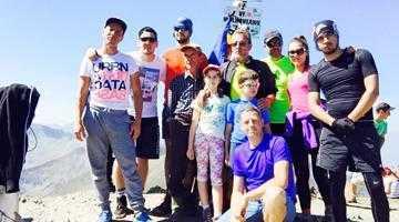 17 membri ai familiei Brănescu au escaladat Vf Moldoveanu în aceeaşi zi 5