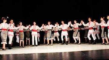 """Ansamblul """"Ciuleandra"""" a dansat la Horezu şi Băbeni 6"""