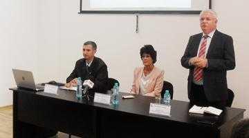 """Dr. Mihaela Stănciulescu, la întâlnirea organizată de CCI pentru oamenii de business:  """"Mediul de afaceri poate sesiza fără niciun fel de rezervă Instituţia Avocatul Poporului"""" 5"""