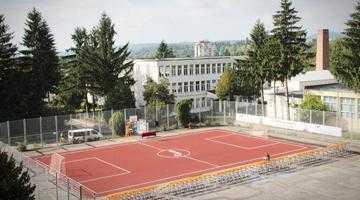 Holcim a mai dăruit ceva Câmpulungului: teren de sport de 18.000 de euro 5