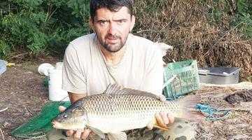 Omul de afaceri Alin Rainea şi-a luat diploma de... pescar 5