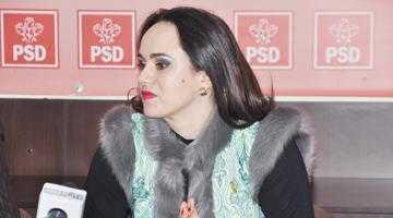 """Simona Bucura Oprescu: """"110.000 de copii din ţară vor primi tichete de 50 lei fiecare pentru a stimula participarea lor la învăţământul preşcolar"""" 5"""