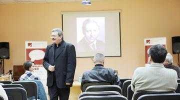 Silviu Deaconescu a susţinut  o prelegere despre omul George Enescu la Biblioteca Judeţeană Argeş 6