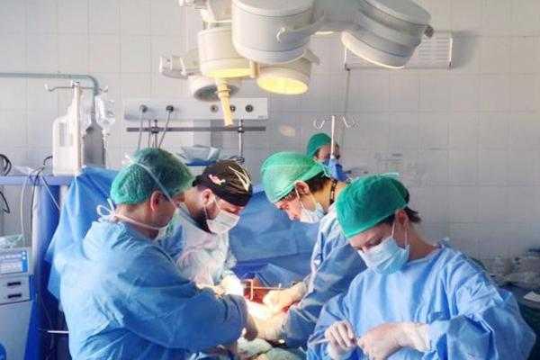 Manifestaţie dedicată donatorilor de organe în faţa Primăriei Piteşti 5