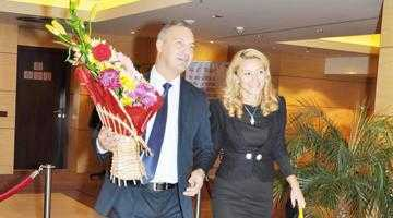 Preludiu la dosarul Consultanţa  Culmea! Soţia deputatului Mircea Drăghici a scris  un manual despre corupţie 6