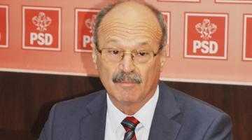 Deputatul Gheorghe Marin a plictisit teribil ziariştii la conferinţa de presă a PSD Argeş 2
