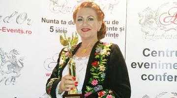"""Cristina Turcu Preda, premiată la Gala """"Femei de Succes 2015"""" 3"""