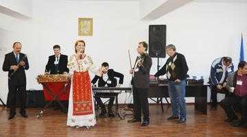 Ansamblul Doina Argeşului a cântat  pentru deţinuţii de la Penitenciarul Colibaşi 5