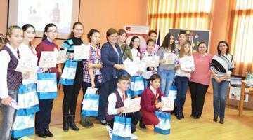 """Palmaresul evenimentelor culturale ale Bibliotecii Judeţene """"Dinicu Golescu"""" Argeş în a doua jumătate a anului 2015 6"""