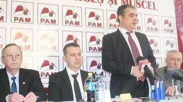 Mircea Andrei a descălecat la Câmpulung pentru a prezenta cuşma voievodală a PAM 5