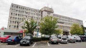 Pacienţii taxează pe internet lipsa condiţiilor şi a calităţii serviciilor Spitalului Judeţean 6
