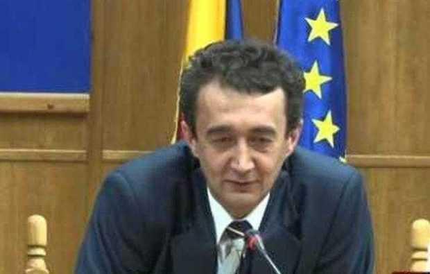 """Ionel Voica, secretarul judeţului Argeş: """"Niciunul dintre angajaţii Centrului Buzoeşti nu îşi cunoaşte în totalitate atribuţiile de serviciu"""" 6"""