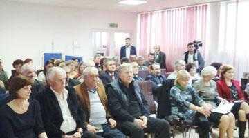 Primarul Ion Gârleanu  a făcut analiza activităţilor desfăşurate de către Primăria Bogaţi în 2015 7