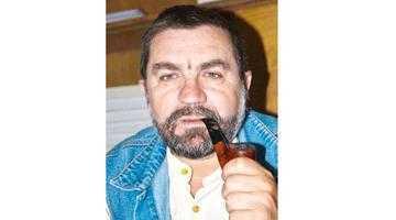 """Scriitorul Dumitru Augustin Doman: """"În ogorul editorial mai cultiv tuberculi. În grădina mea de la Curtea de Argeş, ba!"""" (I) 2"""