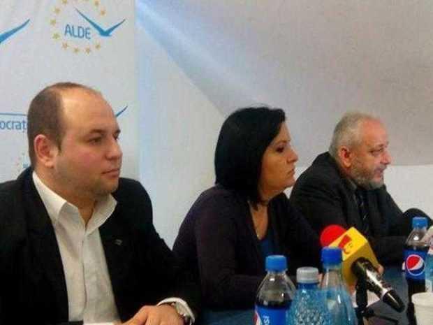 ALDE a finalizat listele de candidaţi pentru alegerile locale la primării 5