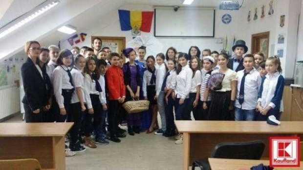 """Liceul """"Iulia Zamfirescu"""" din Mioveni, premiat  cu 2.000 de euro în programul Olimpiadele K 5"""