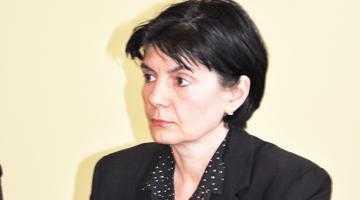 Tatiana Diaconu de la Ape, ca şi schimbată cu un fost consilier local la Topoloveni 2