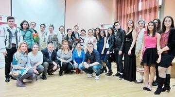 """Dragobetele copiilor-artişti de la """"Dinu Lipatti"""" 5"""