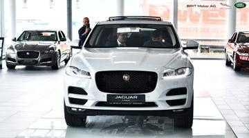 BRIT Motor AG a prezentat în premieră publicului din judeţul Argeş primul crossover Jaguar de înaltă performanţă - Noul F-PACE 4