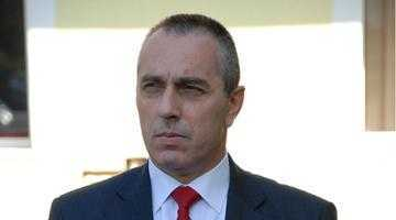 La pachet cu alţi zeci de poliţişti care au făcut raport,  fostul adjunct Costel Nedelescu pleacă din poliţie pe o pensie de peste 7.000 lei 3