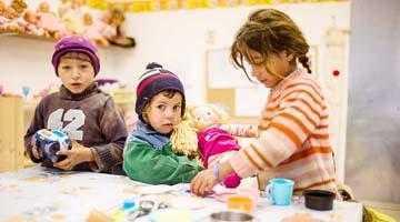 OvidiuRo a lansat o colecţie de poveşti şi opinii despre România rurală săracă 5