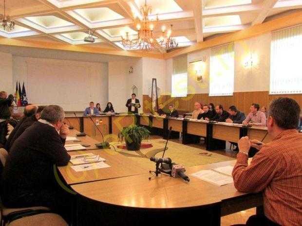 Tensiuni  între aleșii social democrați și la Consiliul Local Pitești 5