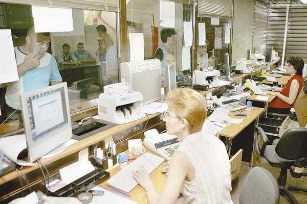Funcționarii publici argeșeni vor boicota alegerile locale 5