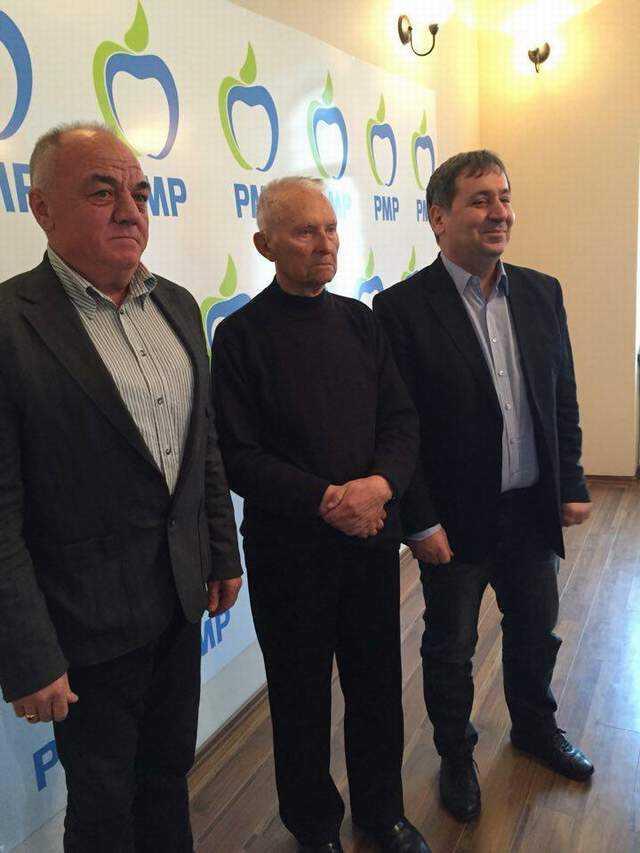 Consilierul judeţean Iulian Frăţică şi-a anunţat candidatura la primăria Vedea din partea PMP 5