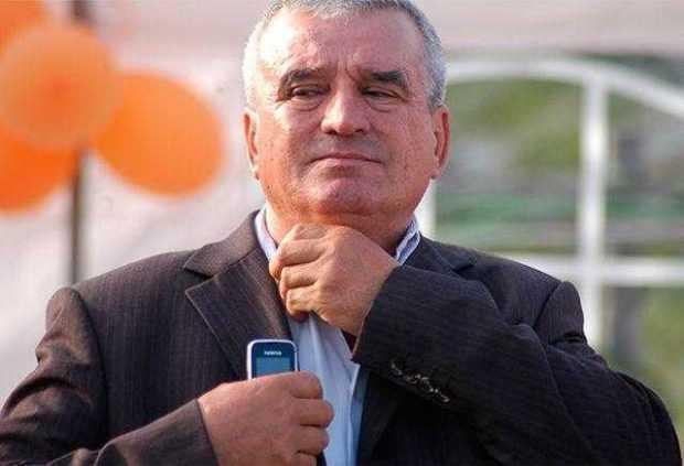 Prefectul a emis ordinul de încetare a mandatului primarului comunei Vedea, Niculae Dochinoiu 6