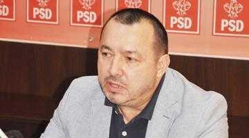 Cătălin Rădulescu vine în sprijinul salariaţilor de la Arpechim cu o propunere de amendament în ce priveşte legea pensiilor 5