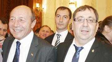 Bulf îl întâmpină pe Băsescu cu multe figuri noi pe listele PMP 3