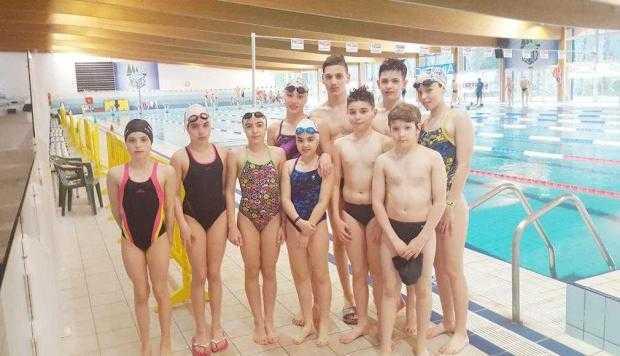 """Şapte înotători legitimaţi la clubul din Mioveni au participat în Italia la competiţia """"Meeting Lignano"""" 4"""