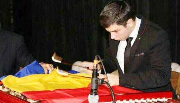 Elevul Cătălin Mihai Iancu, de la Dinu Lipatti, premiul I la Olimpiada Naţională de Ţambal 5