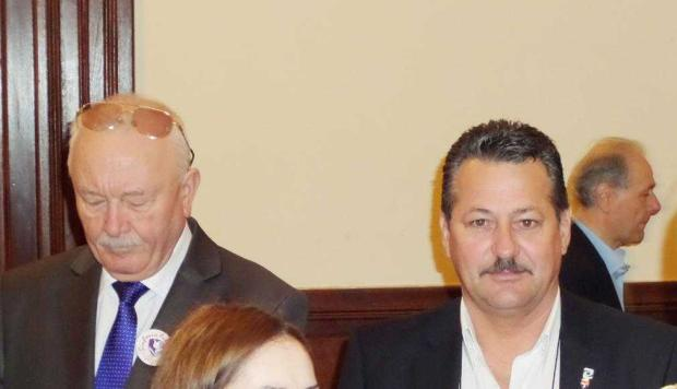 """Neacşu şi Dinescu fac  parte din gruparea """"ANONIMUS CONSILIERUS LOCALUS"""" 5"""