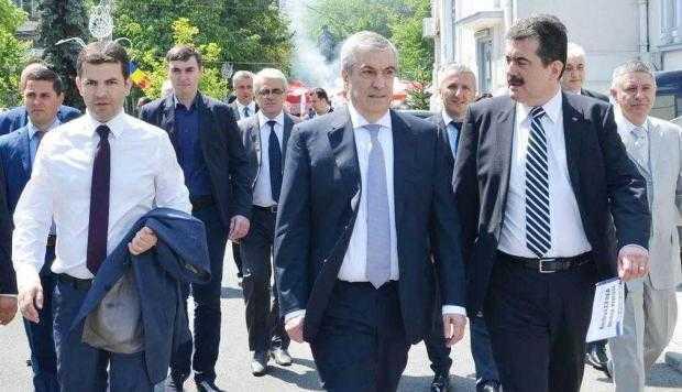 Tăriceanu a venit la Piteşti să-l lanseze pe Andrei Gerea la primărie 7
