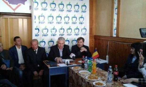 Toți cei 500 de membri PSRo Argeș au trecut în bloc la PMP 6