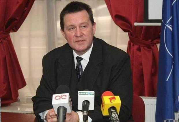 Rectorul UPIT, Dumitru Chirleșan, a anunțat noii decani 5