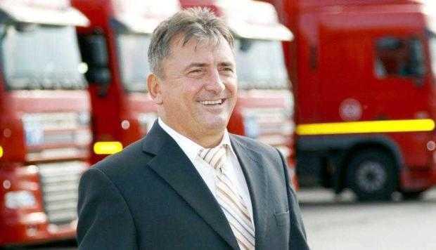 Benone Lazăr gestionează cea mai mare flotă de transport auto din România 5
