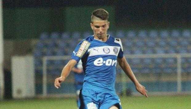 Robert Grecu, atacantul Piteştiului, noua speranţă a fotbalului românesc 4