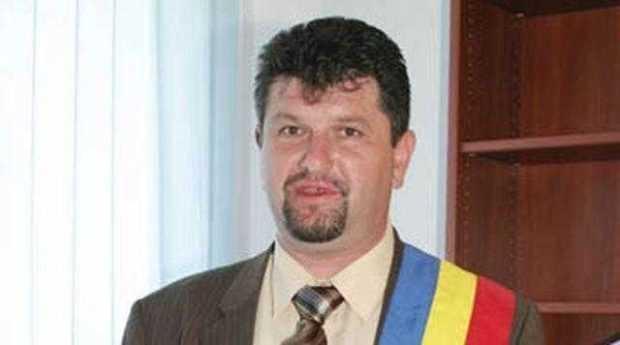 Primarul Frătică a fost eliberat 4