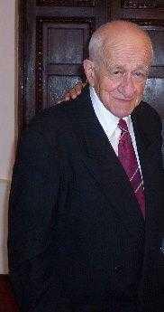 S-a stins din viață distinsul profesor Eduard Minasian 5