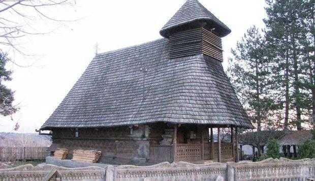 Bisericile de lemn din Valea Cucii şi Urecheşti 5