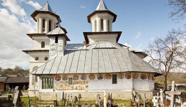 Bisericile de lemn din Valea Cucii şi Urecheşti 6