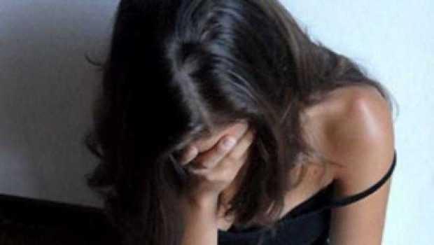 Doi tineri din Mioveni sunt cercetaţi pentru viol şi lipsire de libertate 5