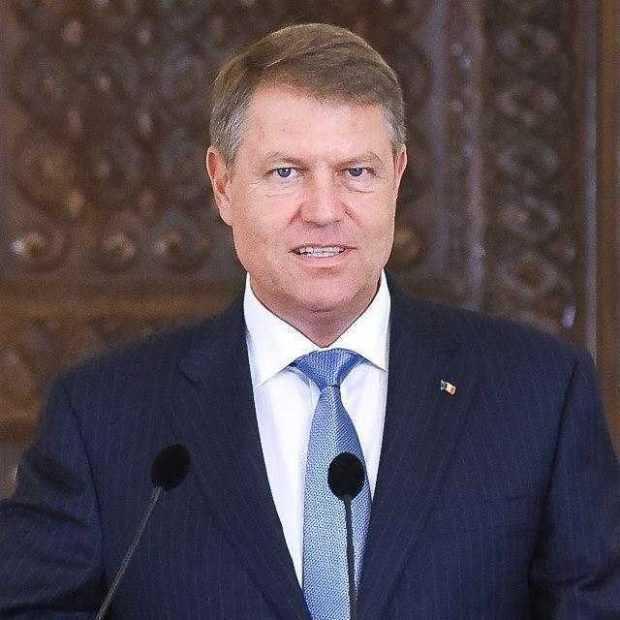 Preşedintele Iohannis a decorat-o pe Elena Ion-Arnăuţoiu, sora anticomuniştilor Toma şi Petre Arnăuţoiu 3