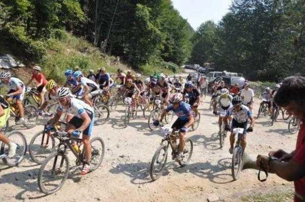 """Concursul de ciclism montan """"Dracula Bike Fest"""", decalat cu o săptămână 5"""