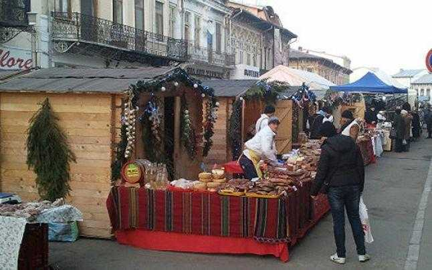 Sandwich la Pitești. Zi de doliu național între două zile de petrecere de Sf. Maria 5