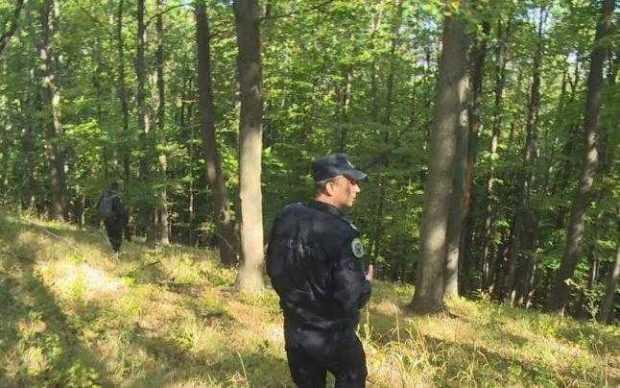 Salvamontiștii caută un bărbat de 56 de ani dispărut în munți 4