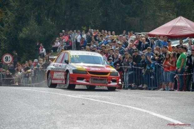Motorsportul revine cu spectacol şi adrenalină la Câmpulung Muscel 4