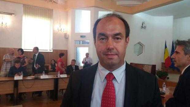 Viceprimarul Apostoliceanu îl atacă pe consilierul local Dănuţ Dinu 3
